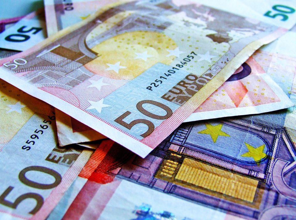 Bills of 50 euros.