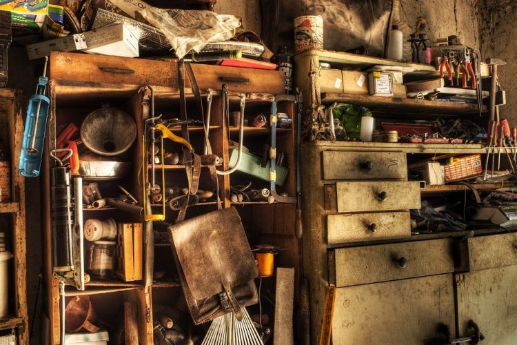 Avoid clutter with a good basement organization