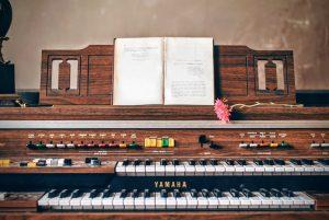 Piano instrument.