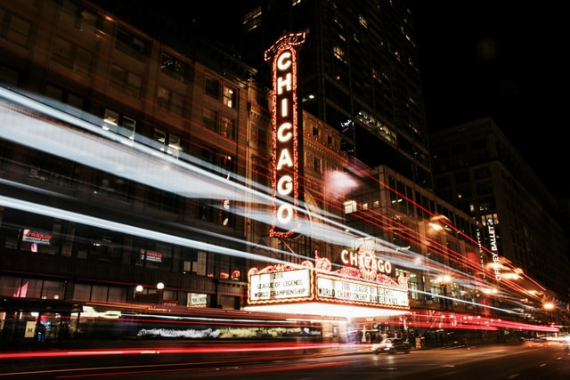 How to compare moving companies in Chicago