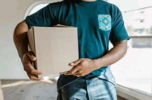 movers as a part of Differences between residential and commercial moving guide
