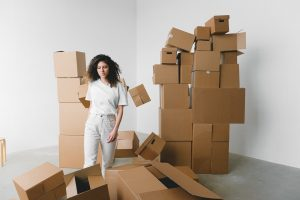 A girl thinking about Mistakes to avoid when moving your home long distance