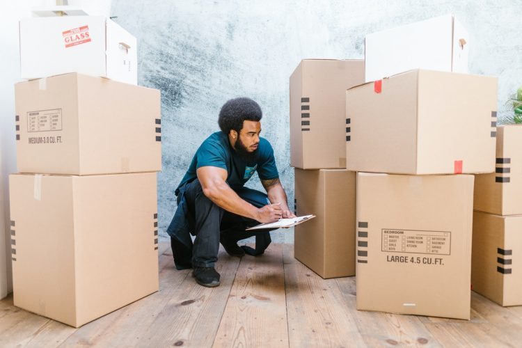 hire BBB accredited movers when moving because it is better